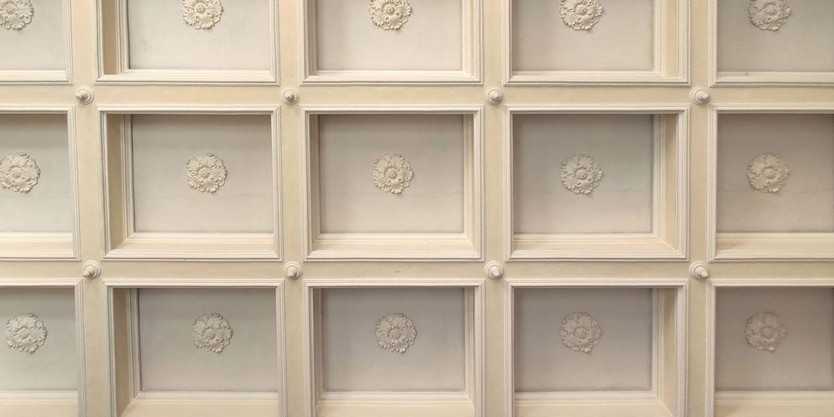 restauro-soffitto-legno-cassettoni